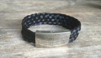 Mooie armband met platte sluiting Prijs 39,95