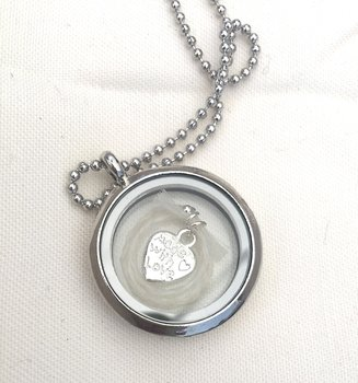 Strass medaillon memory locket kristal.