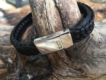 16 strengen gevlochten armband.